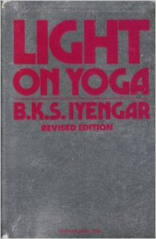 lightonyoga_1980